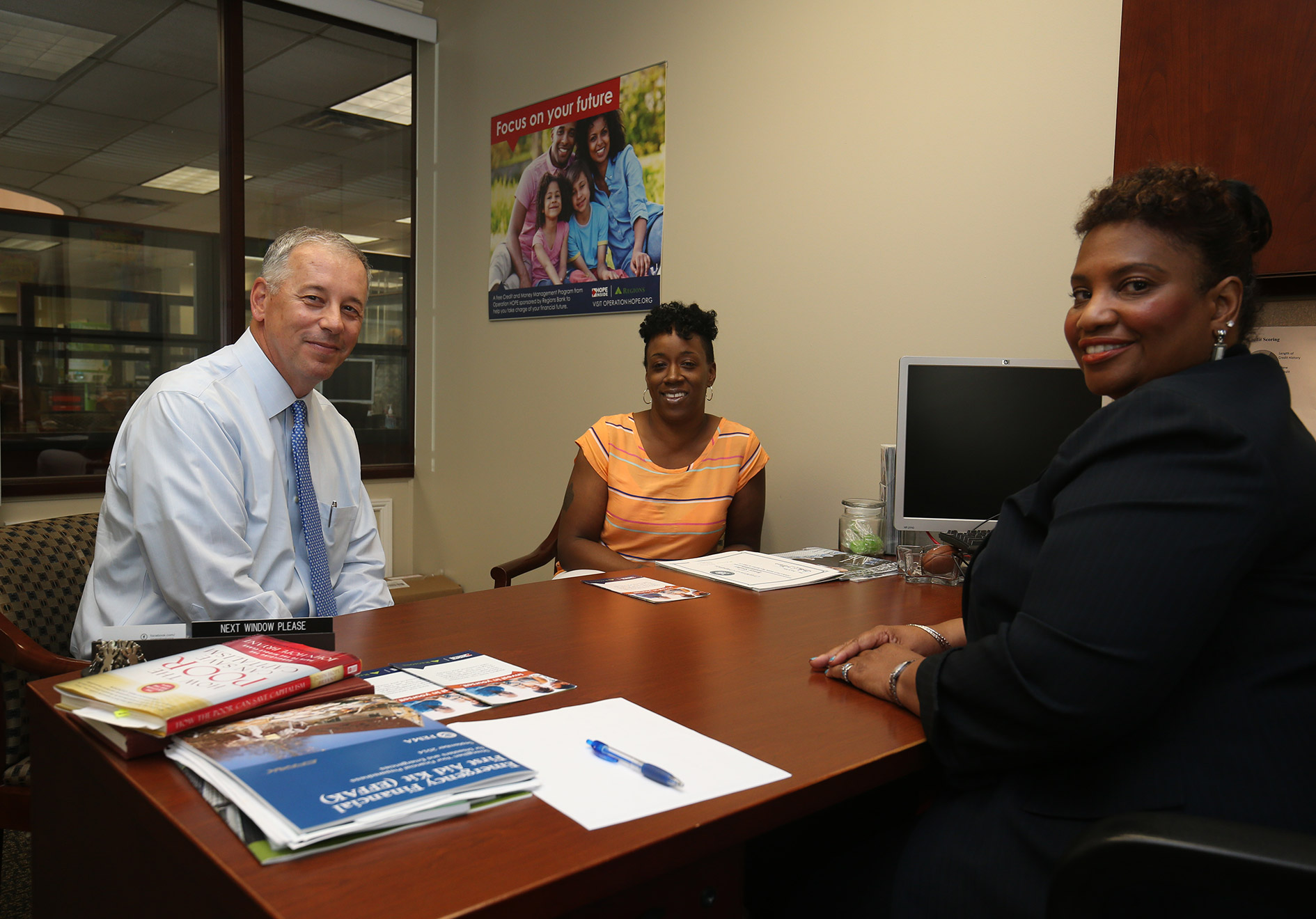 Mike Hart meets with community leaders