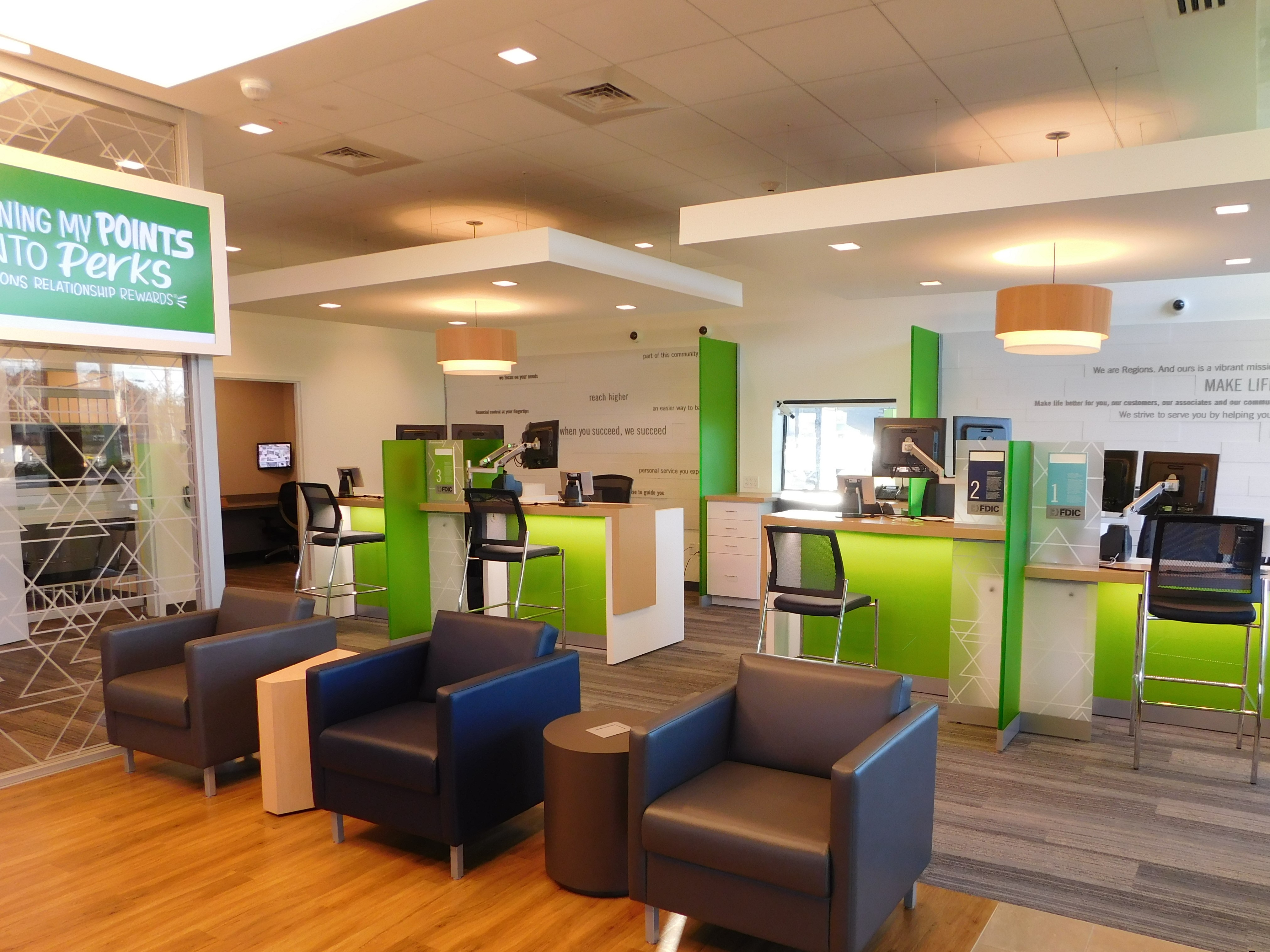 Regions Bank Branch locations in Atlanta,  View hours, phone numbers, reviews, routing numbers, and other info.